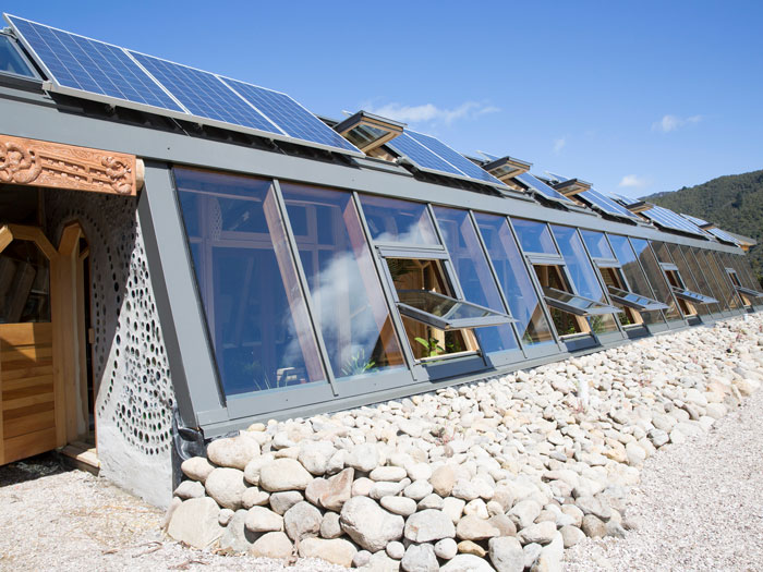 Metalcraft Solar Earthship
