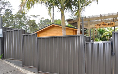 Colour Steel Fencing – Metalcraft NZ
