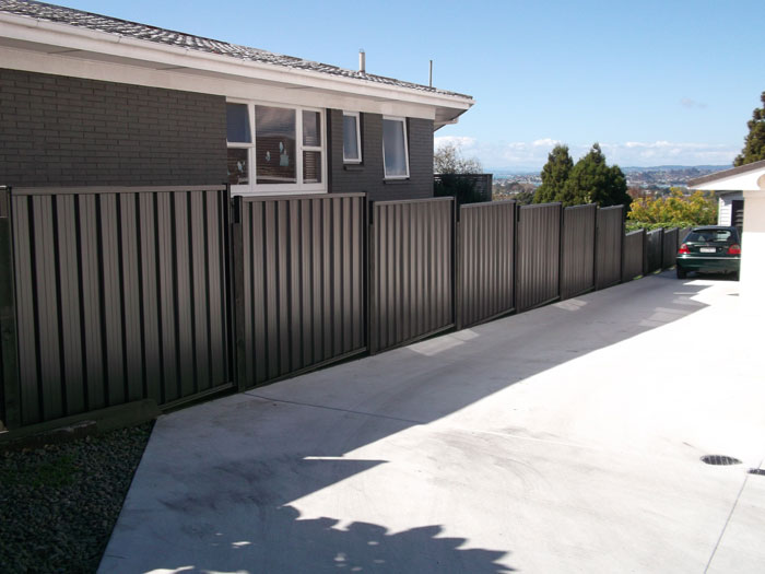 Metalcraft Roofing Metal Fencing With Timber Posts